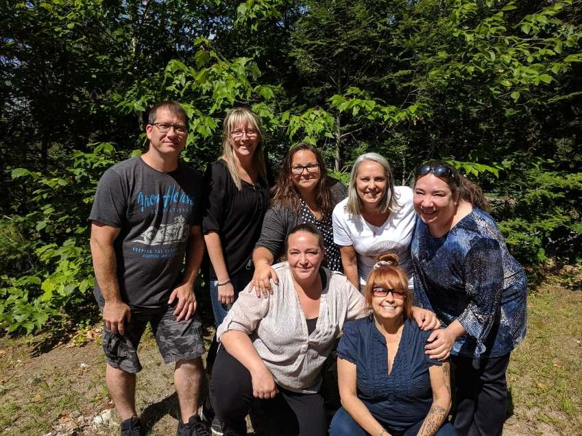 Présents sur la photo : Éric Labrecque, Nathalie Laplante, Marjorie Blanchette, Nicole Marquis, Ysabel Fréchette, Mélanie Picard, Sylvie Lafranchise